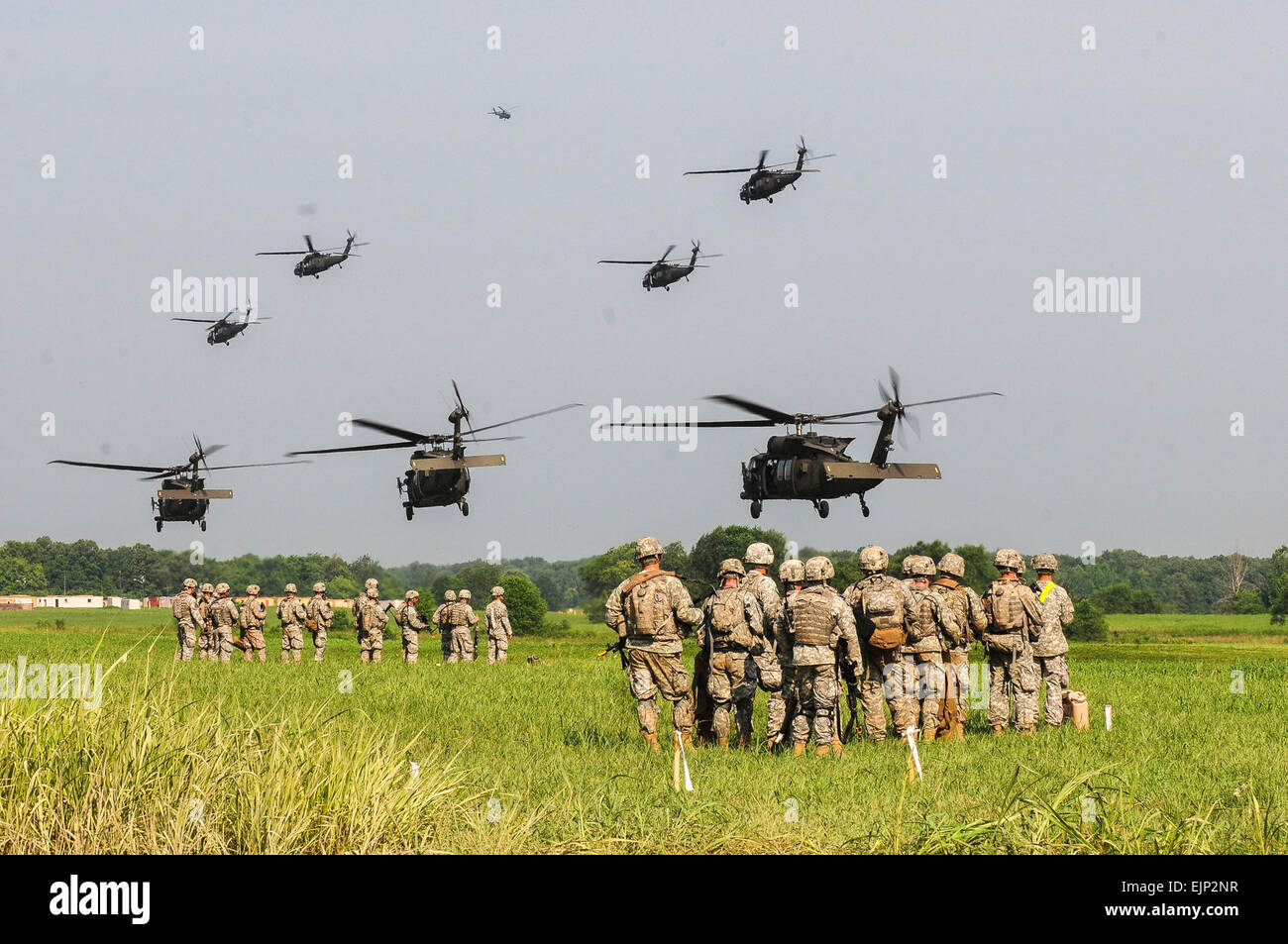 Soldiers with 1st Brigade Combat Team, 101st Airborne Division Air Assault, conducted a brigade-size air assault Stock Photo
