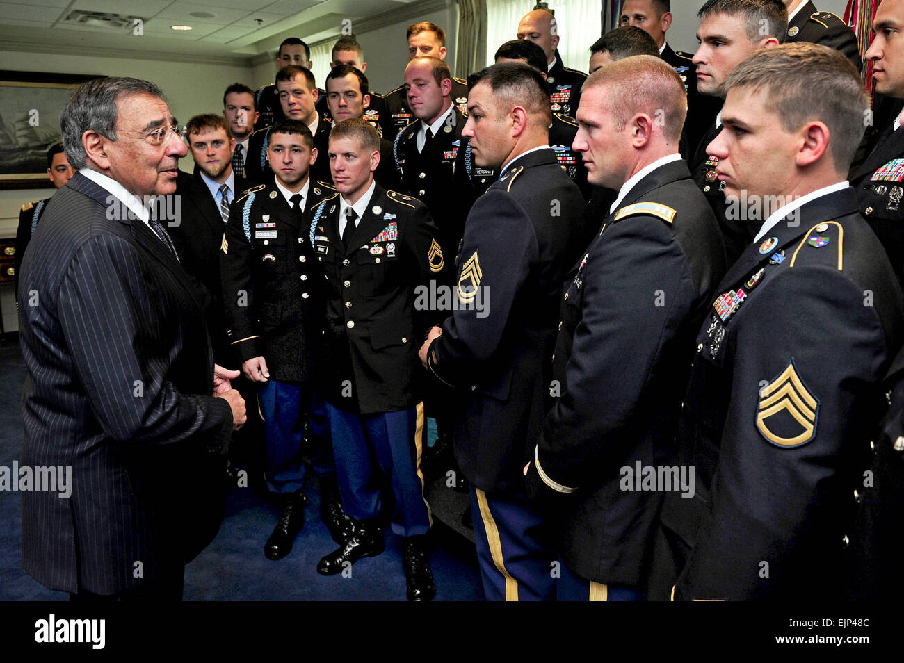 Members of the 75th Ranger Regiment who served with Medal of Honor recipient Sgt. 1st Class Leroy Petry in Afghanistan - Stock Image