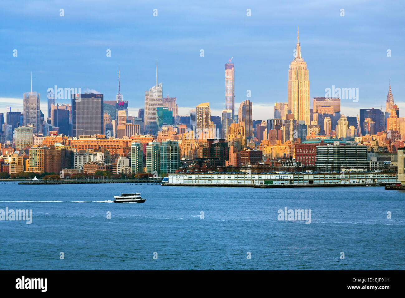 Empire State Building and Midtown Manhattan across the Hudson River, New York, United States of America Stock Photo