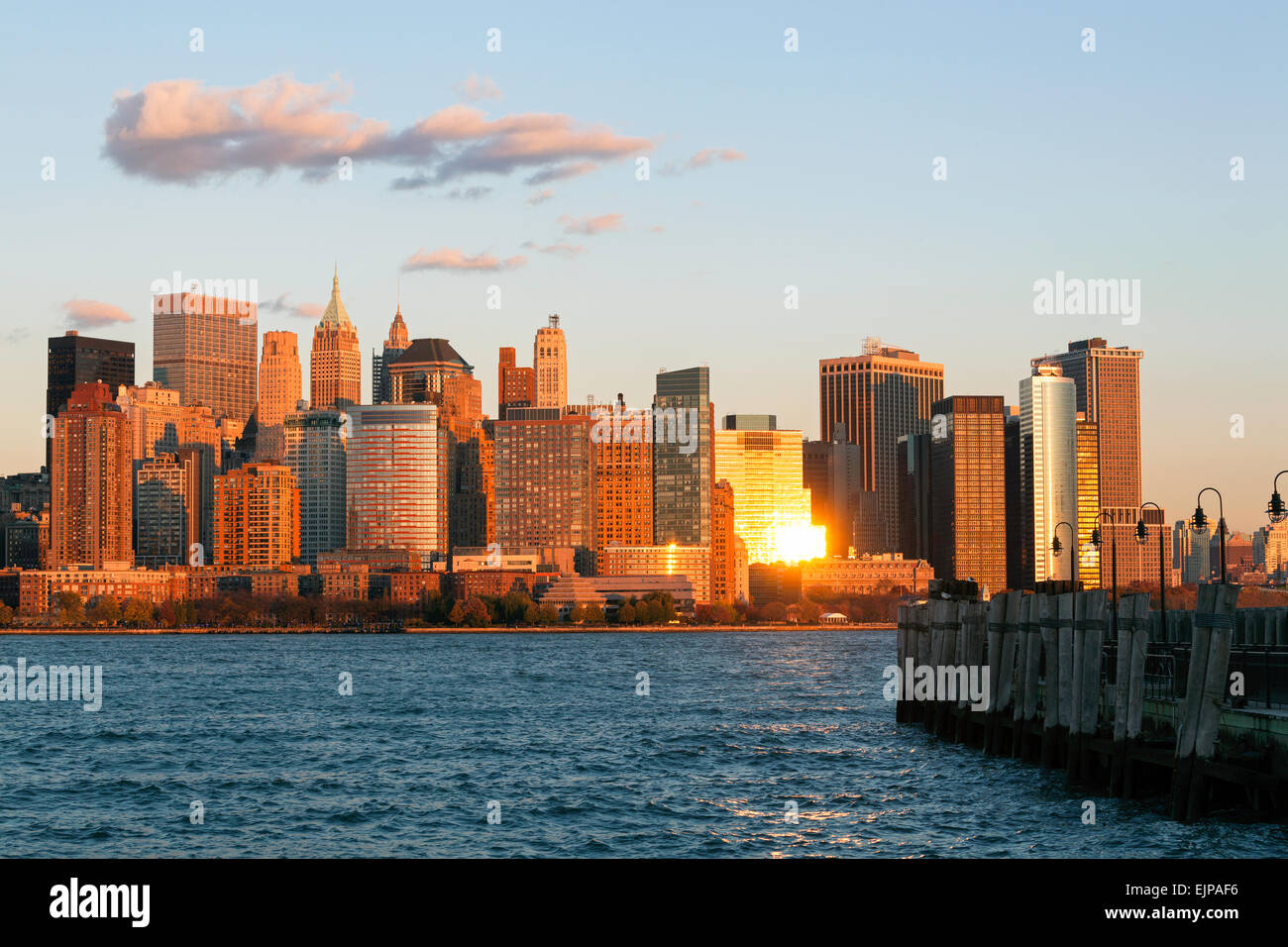 Downtown Manhattan across the Hudson River, New York, Manhattan, United States of America - Stock Image