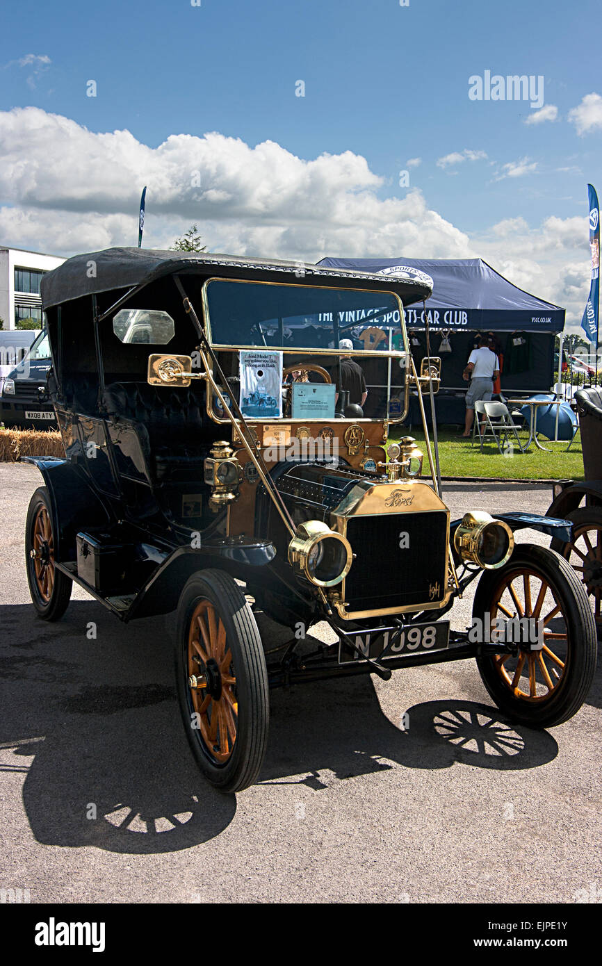 1911 Model T Ford at Brooklands Double Twelve Motorsport Festival 2014, Weybridge, Surrey Stock Photo