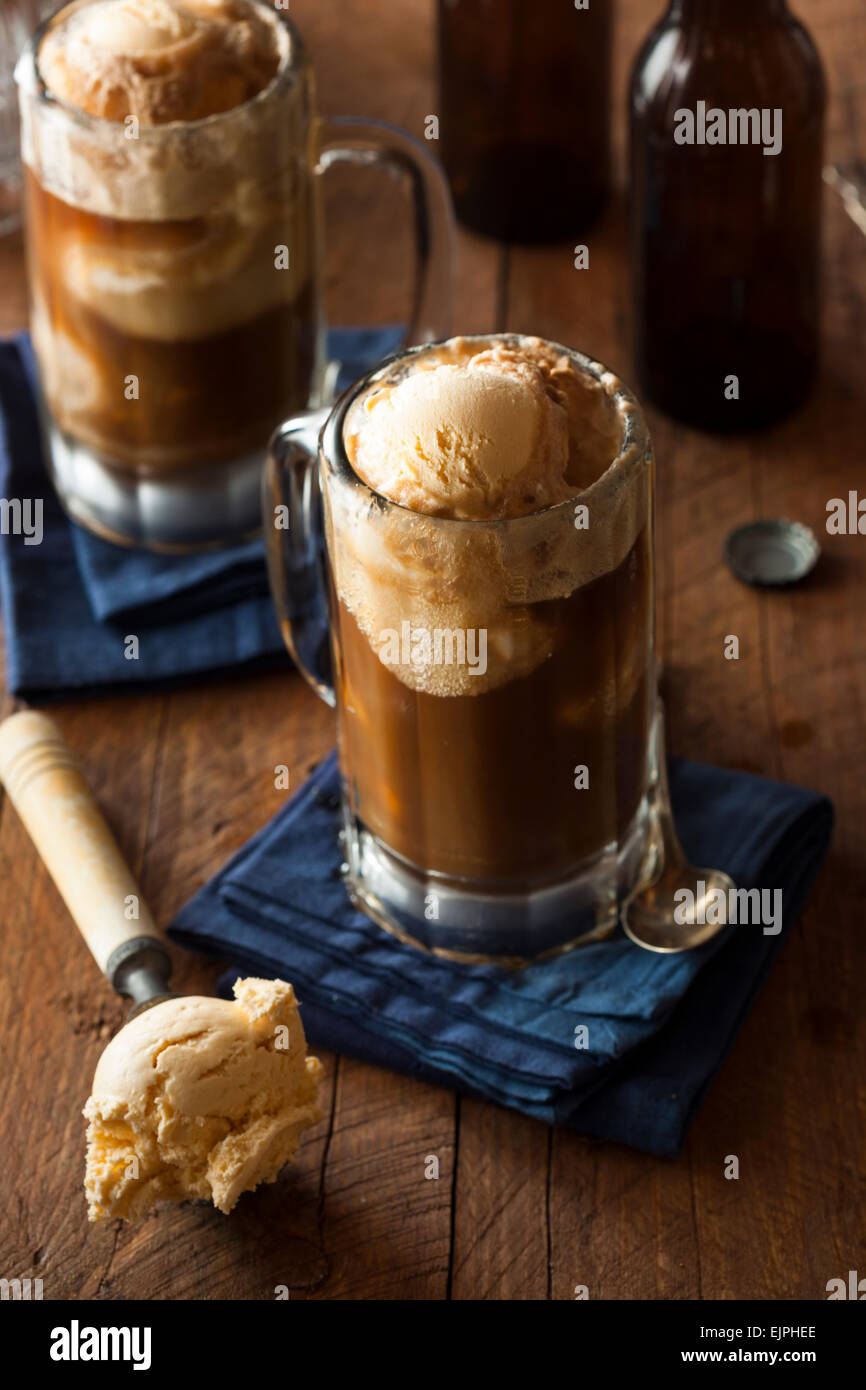 Refreshing Root Beer Float with Vanilla Ice Cream - Stock Image