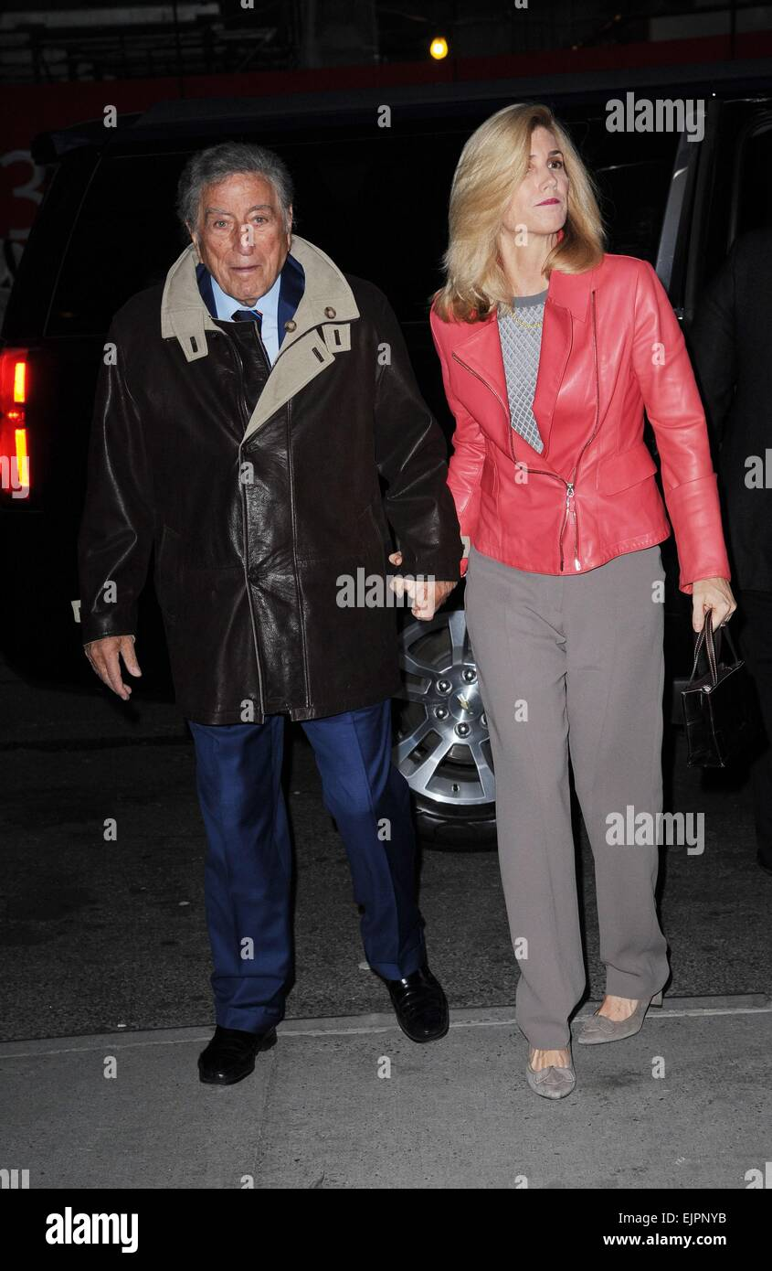 New York, NY, USA. 31st Mar, 2015. Tony Bennett, Susan Crow at arrivals for WOMAN IN GOLD Screening, The Museum - Stock Image
