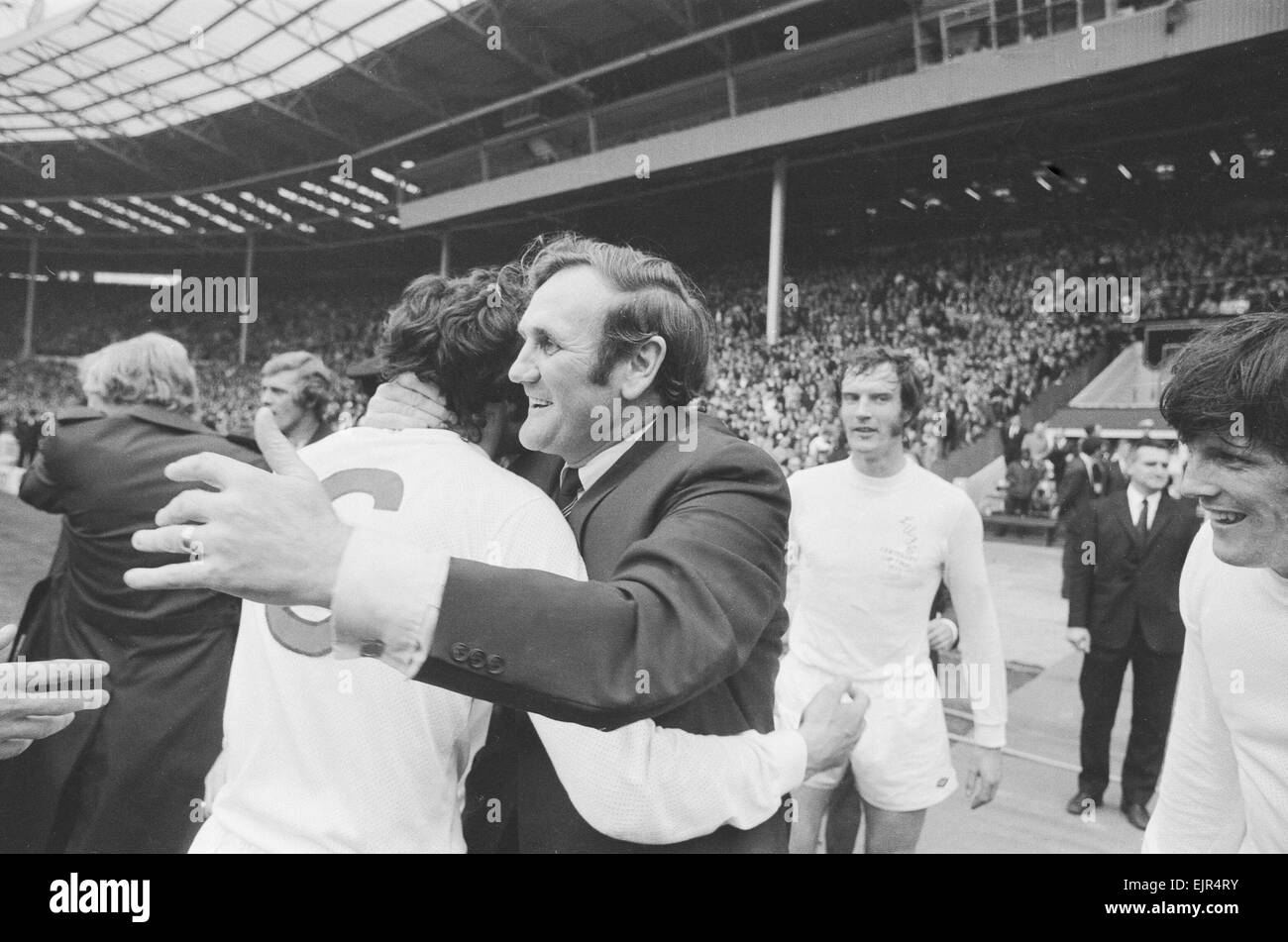 F.A. Cup Final 1972 May 6th 1972 Leeds United Manager Don Revie congratulates his team after their one nil victory - Stock Image