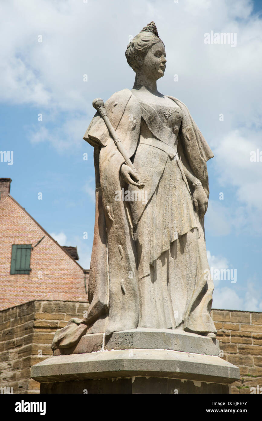 Statue of Queen Wilhelmina outside Fort Zeelandia, built in 1651, Paramaribo, Suriname Stock Photo