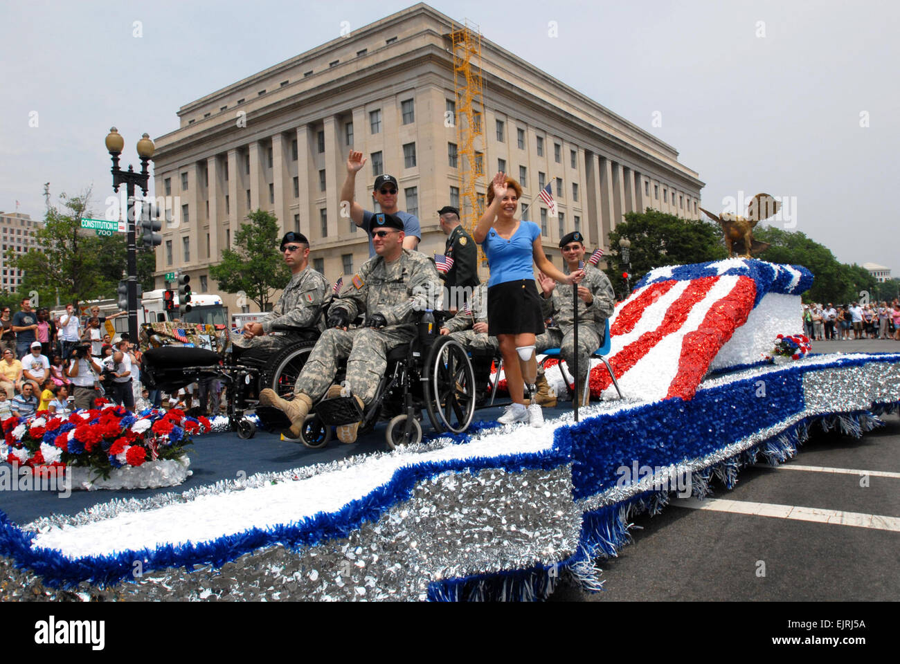 Hollywood actor Gary Sinise and the wounded warriors serving as Grand Marshal's of the National Memorial Day Parage Stock Photo