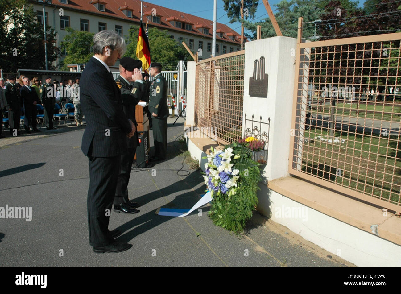 DARMSTADT, Germany - Lt. Col. Dan McFarland, commander of the 2nd Military Intelligence Battalion, salutes and Johann - Stock Image