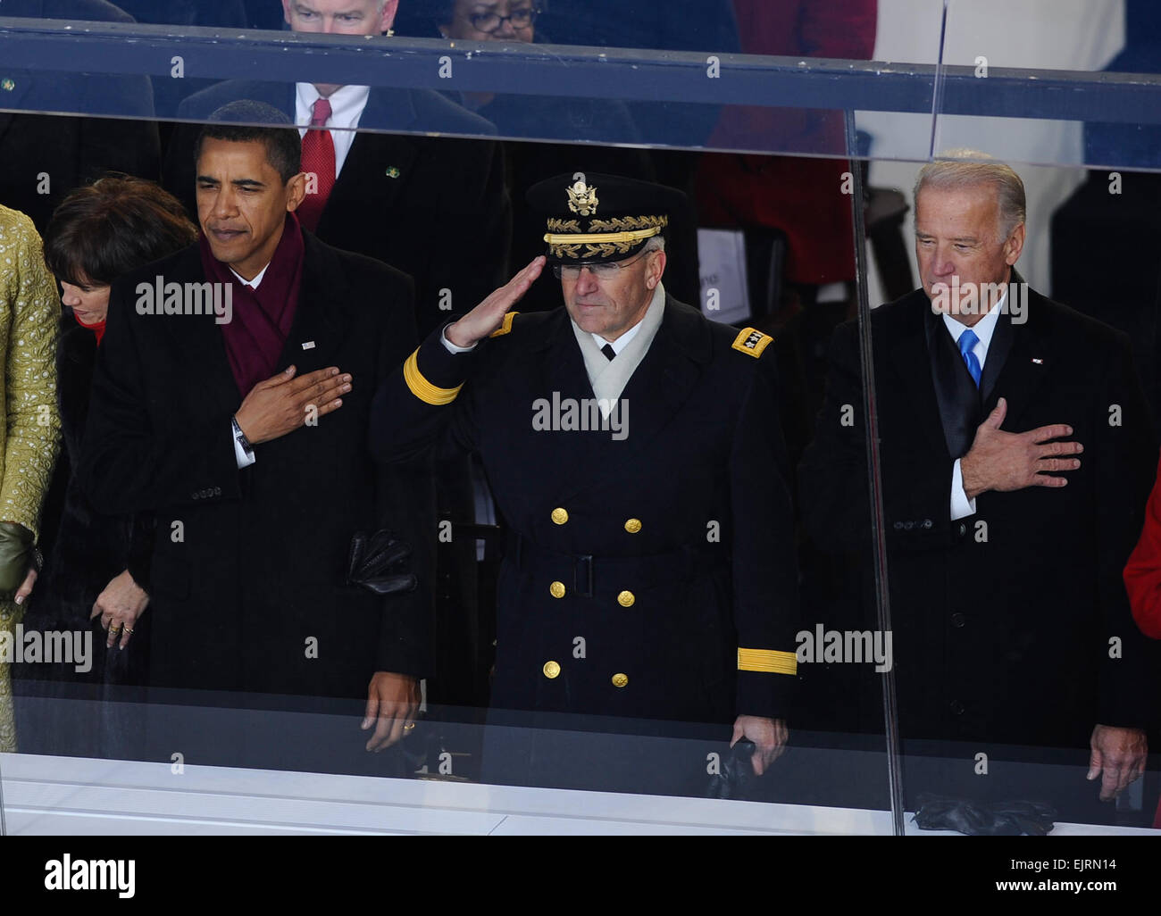 Chief of Staff of the Army Gen. George Casey Jr., flanked by President Barack Obama and Vice President Joe Biden, - Stock Image