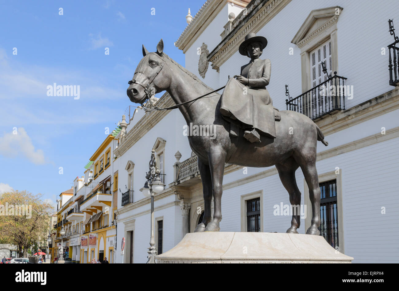 The statue of the Countess of Barcelona on horseback (Condesa de Barcelona) outside the Bullring in Seville, Spain. - Stock Image