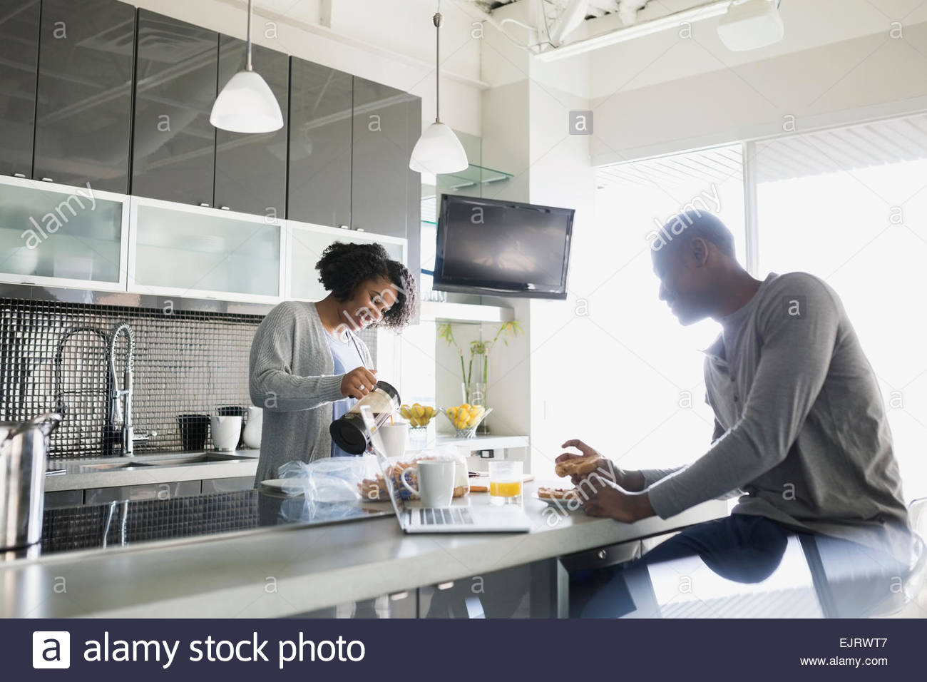 French Bar Stock Photos & French Bar Stock Images - Alamy