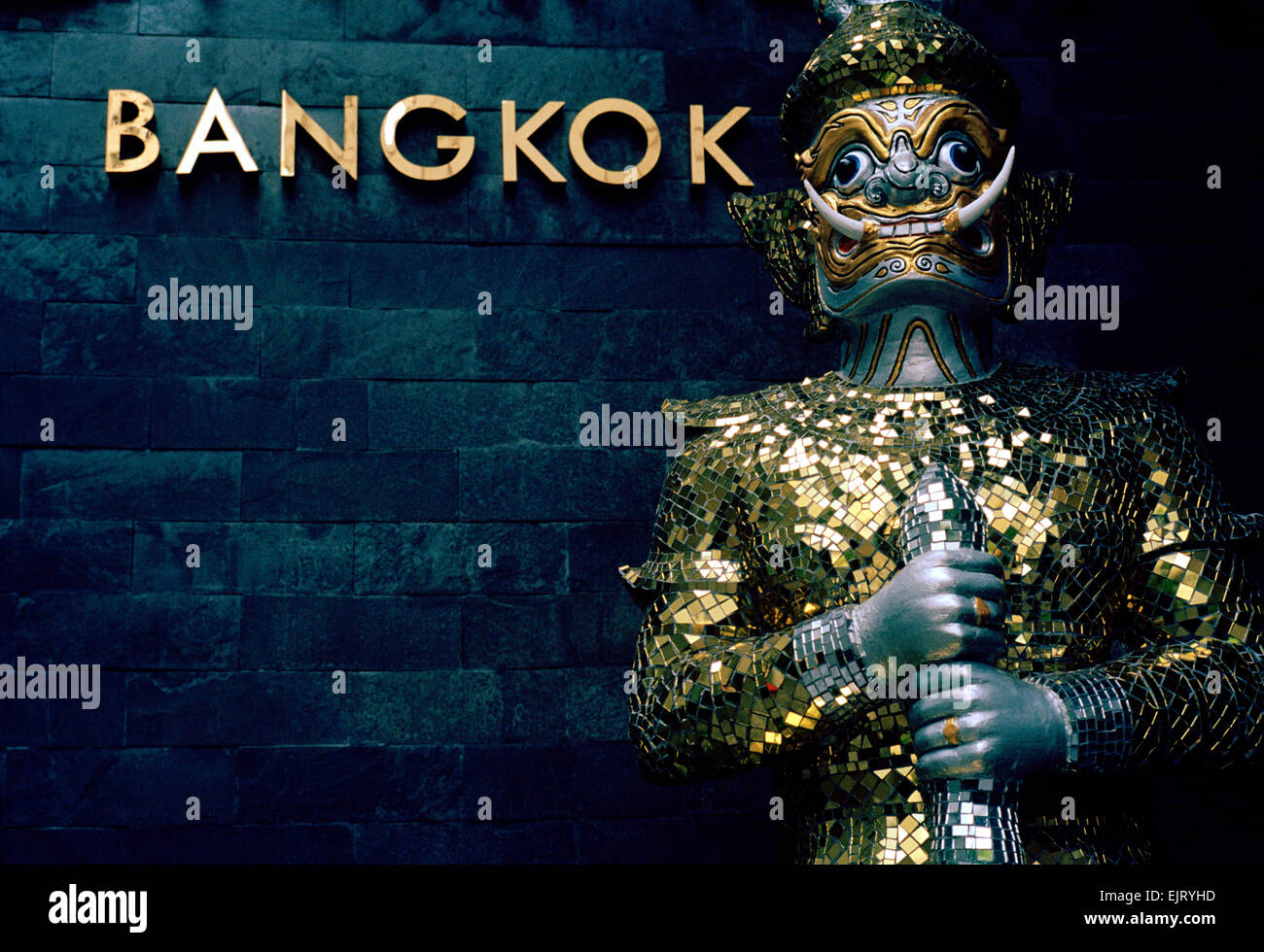 Traditional Thai culture in Sukhumvit in Bangkok in Thailand in Far East Southeast Asia. Statue Art Kitsch Oriental - Stock Image