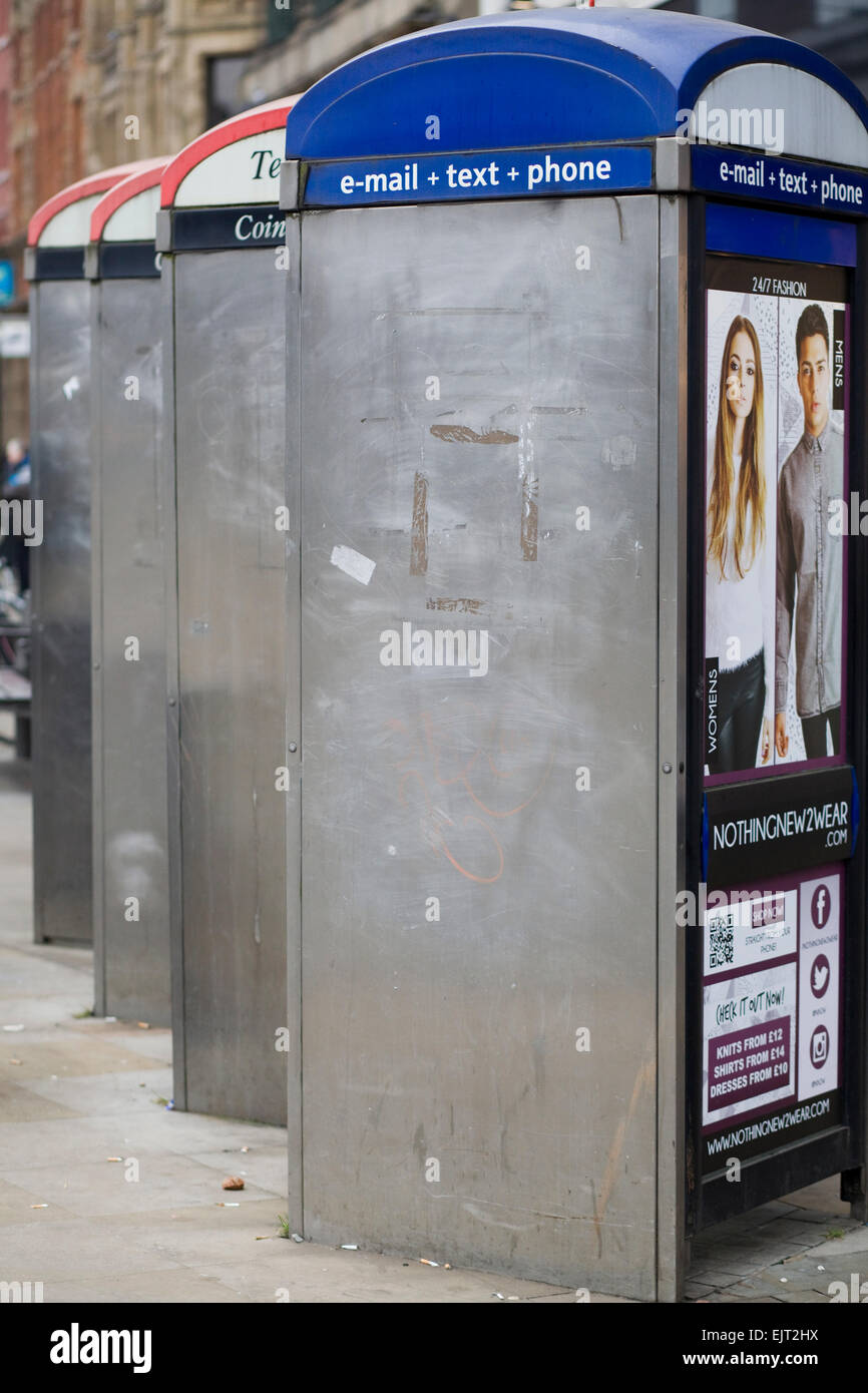 Internet and telephone box on the streets of Manchester - Stock Image