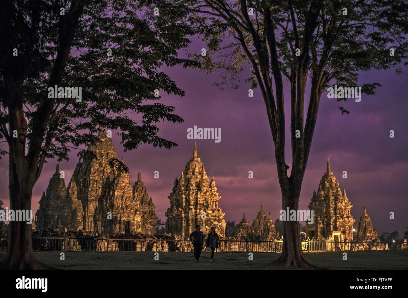 A romantic purple evening at Candi Sewu (Temple of Thousands) in Central Java. A romantic unique blue hour moment - Stock Image