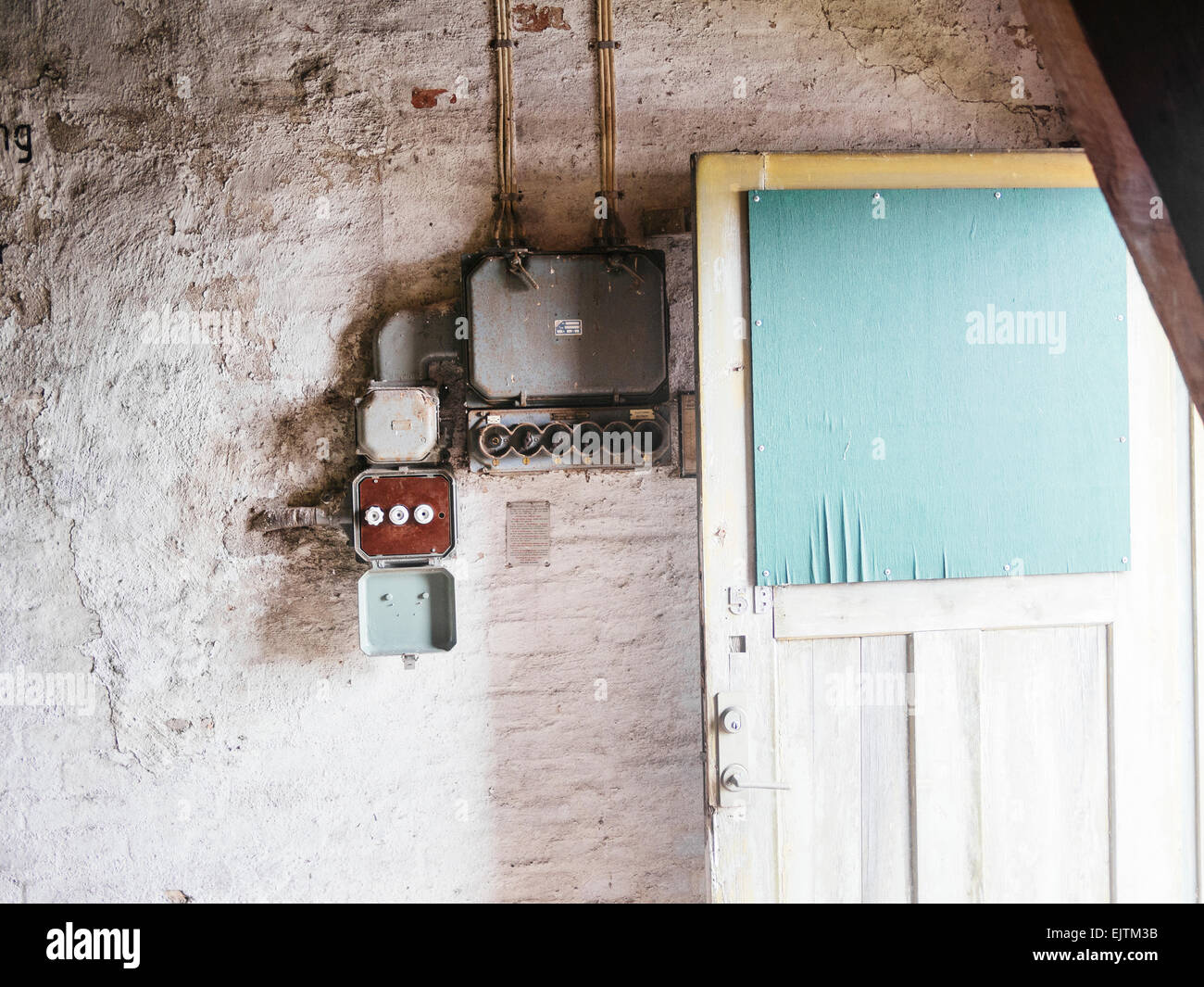 Old Houses Used In Fuse Box Boxes Homes Electrical Stock Photos Rh Alamy Com Style Fuses And Plug