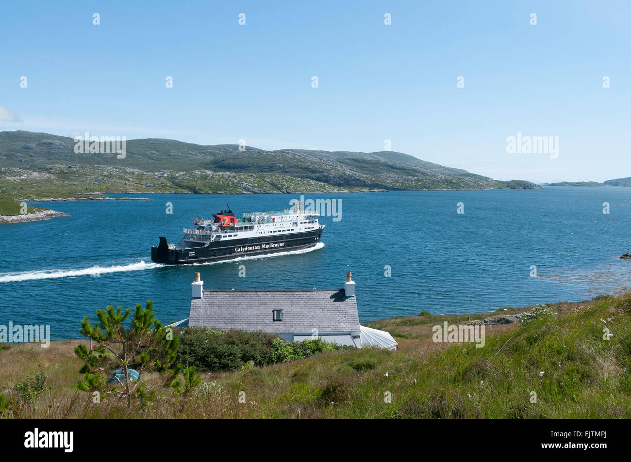 tarbert uig  ferry port mv hebrides sailing - Stock Image