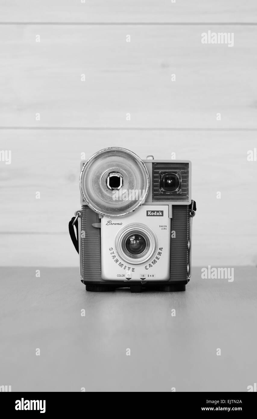 A vintage Kodak Starmite Brownie film camera. - Stock Image