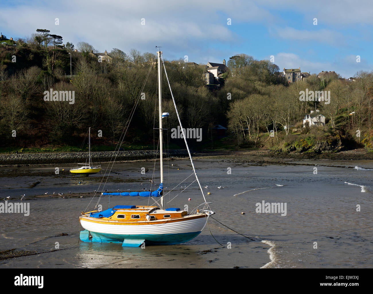 Boats on the estuary of the River Gwaun, at Lower Fishguard, Pembrokeshiire, Wales UK - Stock Image