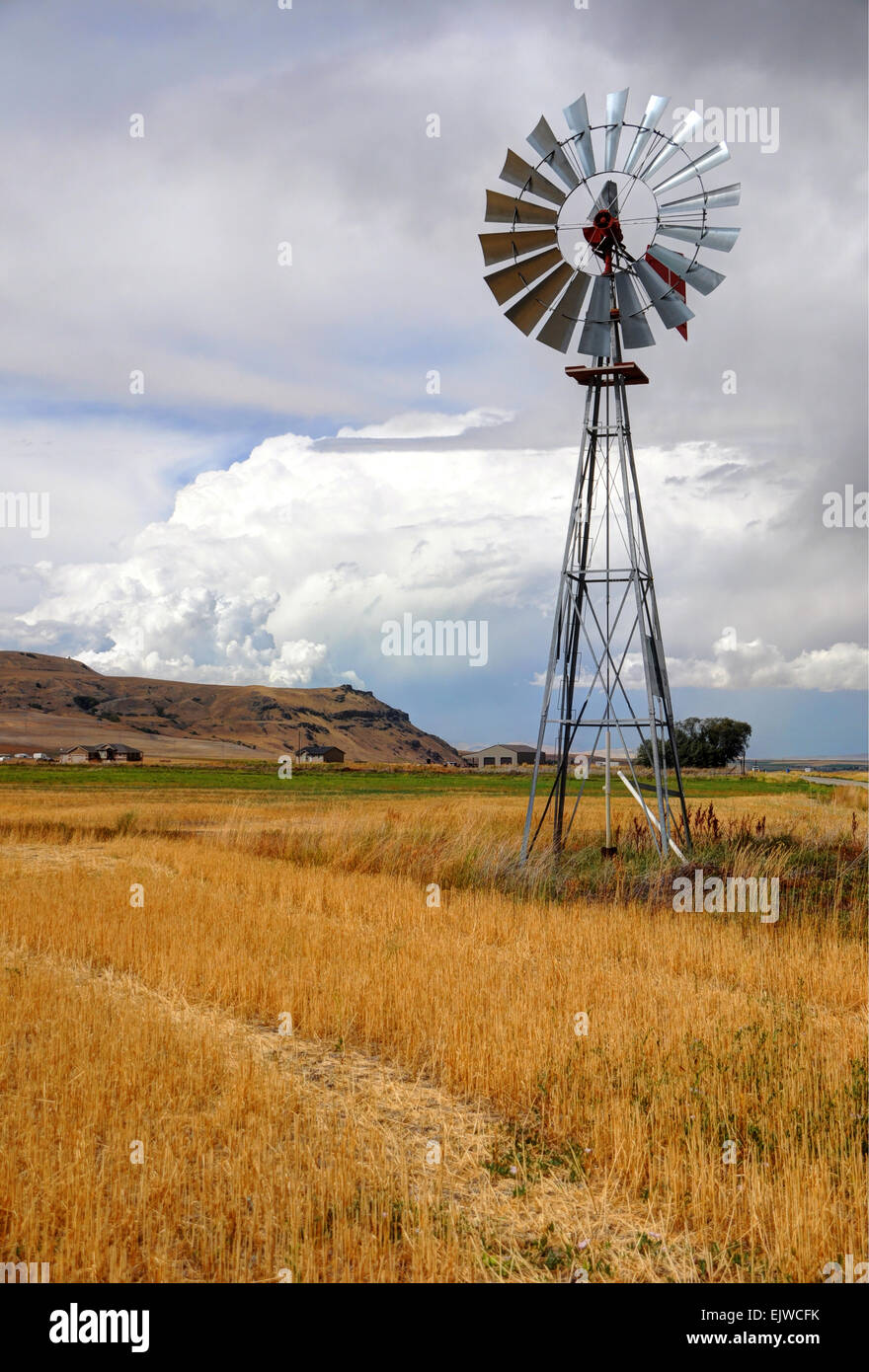 Farmer's Windmill during Thunderstorm - Cache Valley - Utah - Stock Image