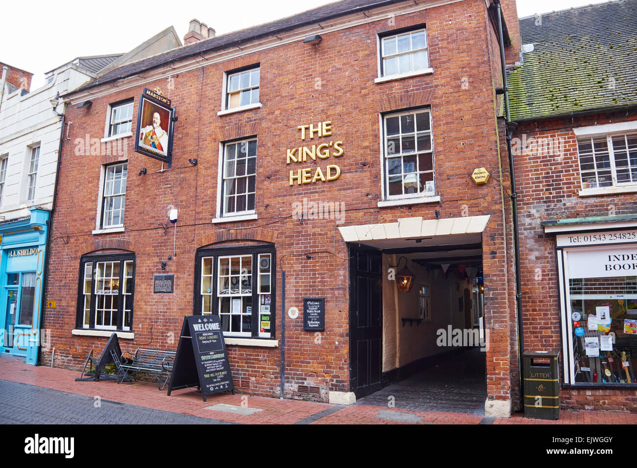 The Kings Head The Oldest Pub And Birthplace Of The Staffordshire Regiment Bird Street Lichfield Staffordshire UK - Stock Image