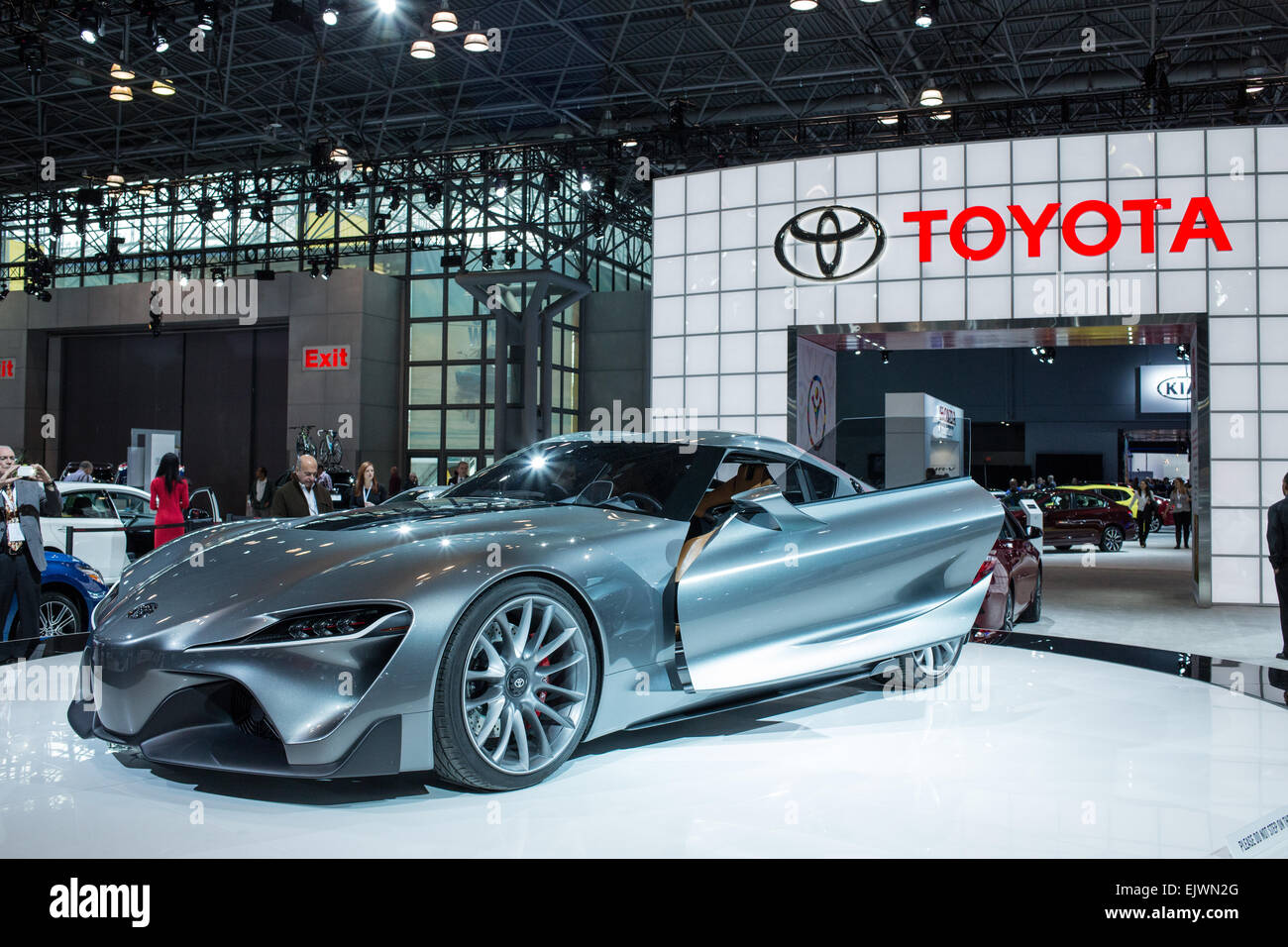 New York, NY   1 April 2015. Toyota Shows Its FT 1 Front