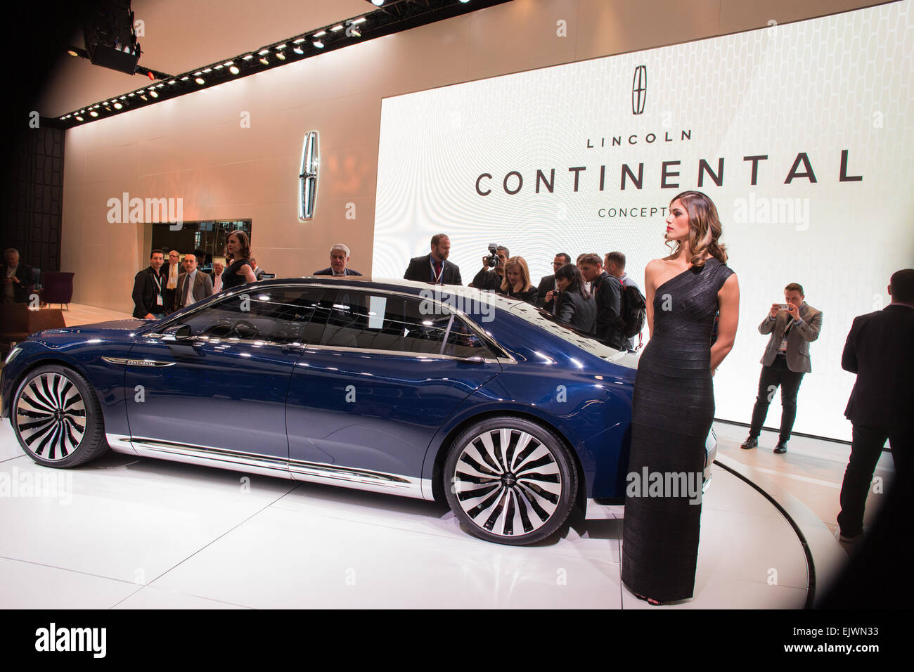New York, NY - 1 April 2015. Lincoln unveiled its Continental concept car at the New York International Auto Show. - Stock Image