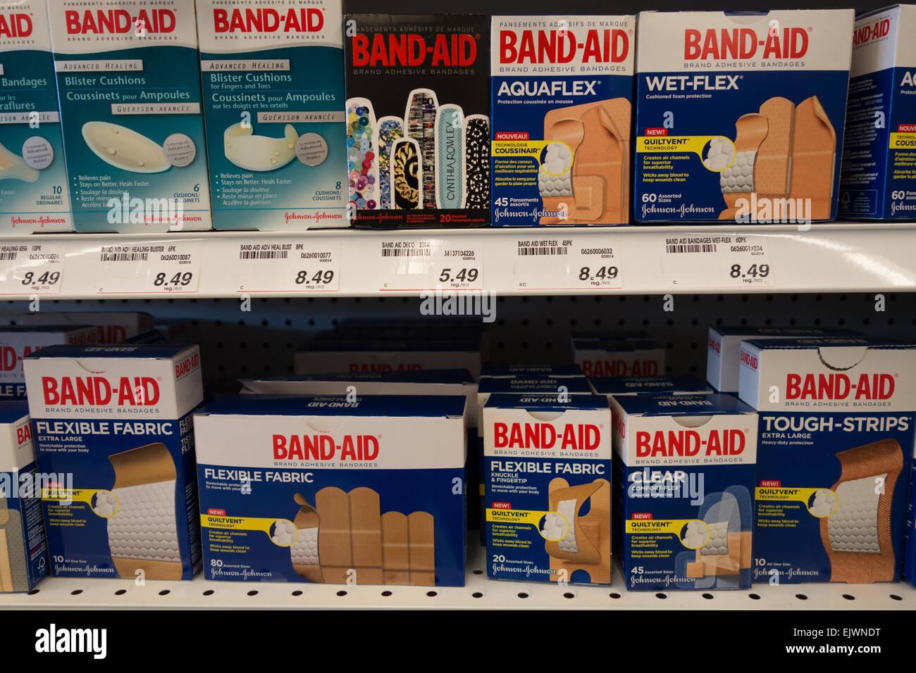 bandaid bandage bandages - Stock Image