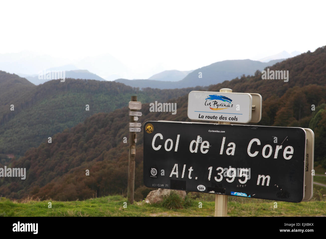 Sign on the summit of Col de la Core, an escape route during World War 2, and often part of the route of the Tour - Stock Image