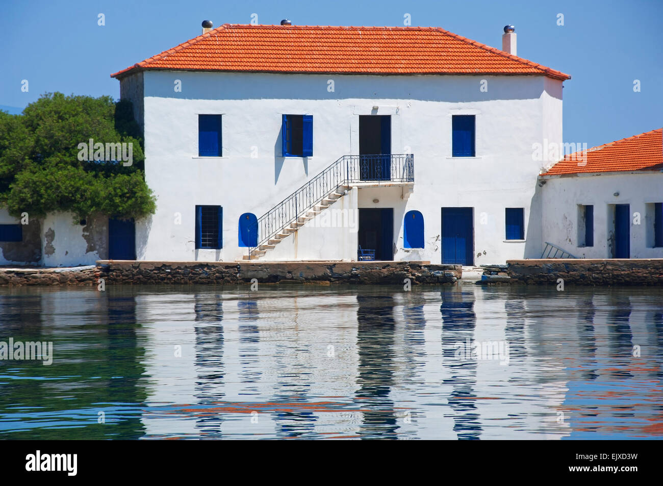 Residential house at the Pagasitic Gulf, Pelion Peninsula, Thessaly, Greece - Stock Image