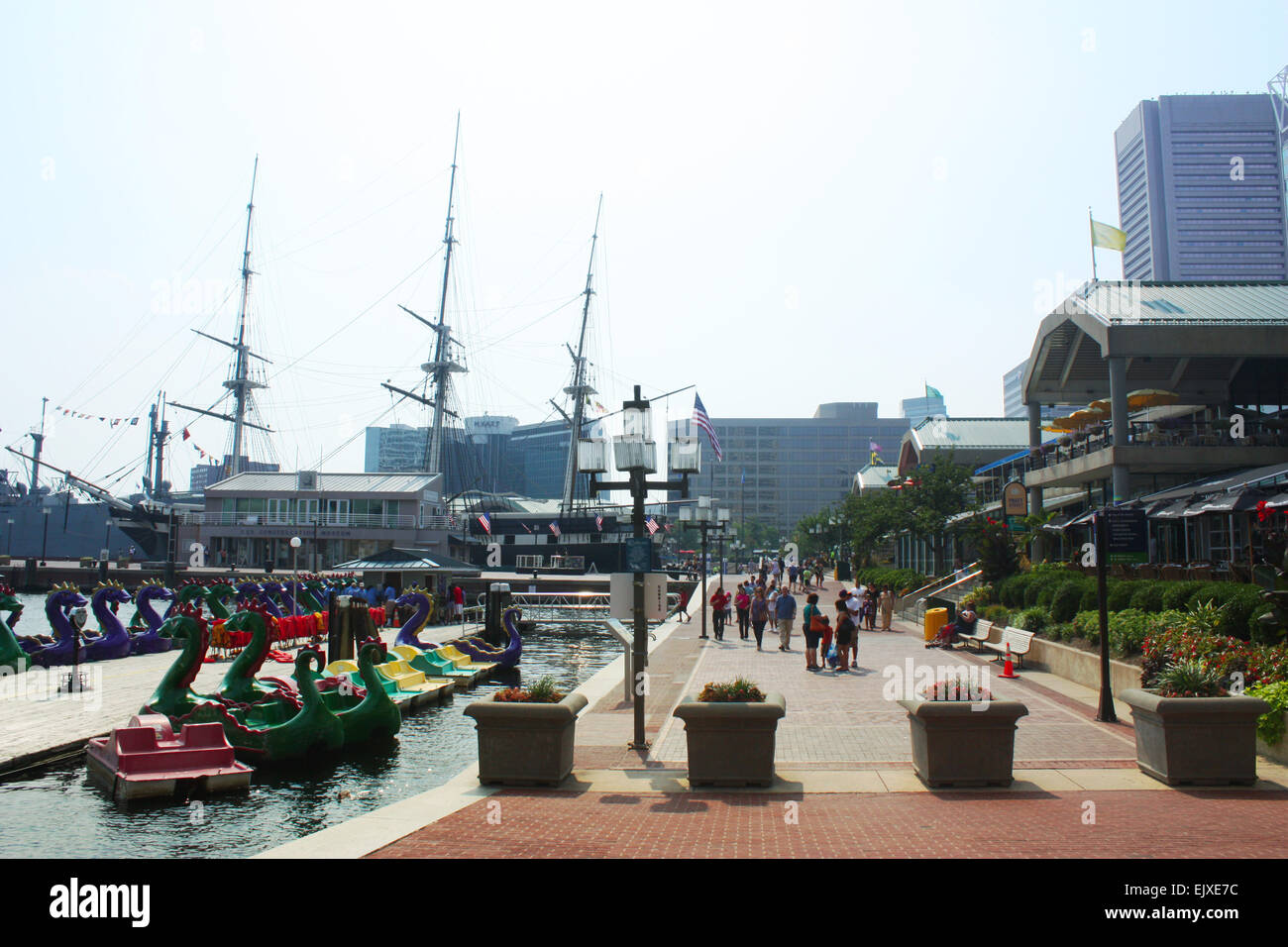 Outside the national aquarium in Baltimore, Maryland, USA - Stock Image