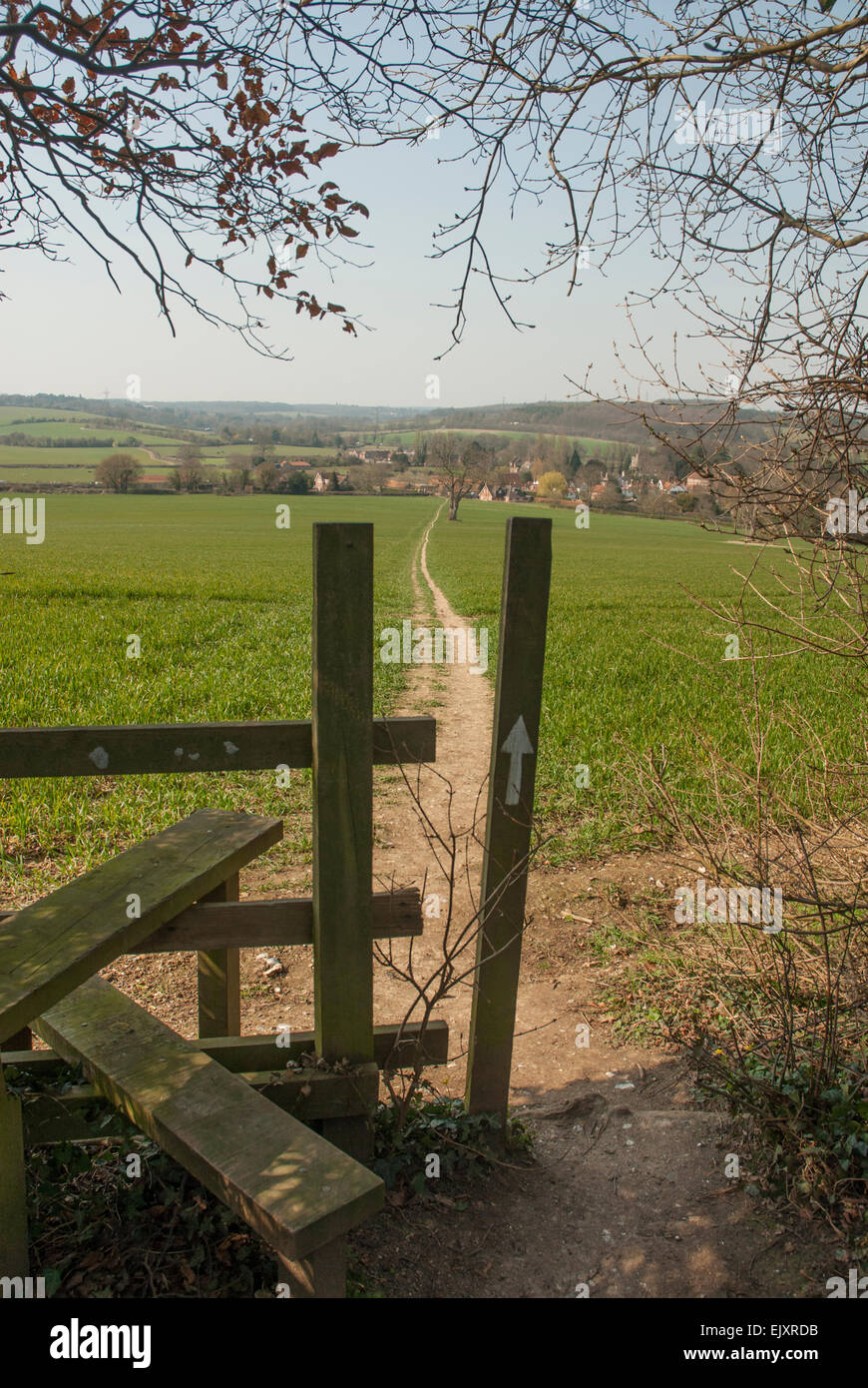 Stile and footpath to Little Missenden, Buckinghamshire - Stock Image