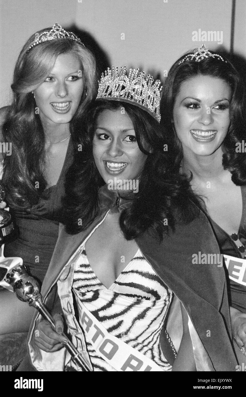 Chelsea Makela,Marquita Rivera Adult pics Seema Rahmani,Elizabeth Hurley (born 1965)