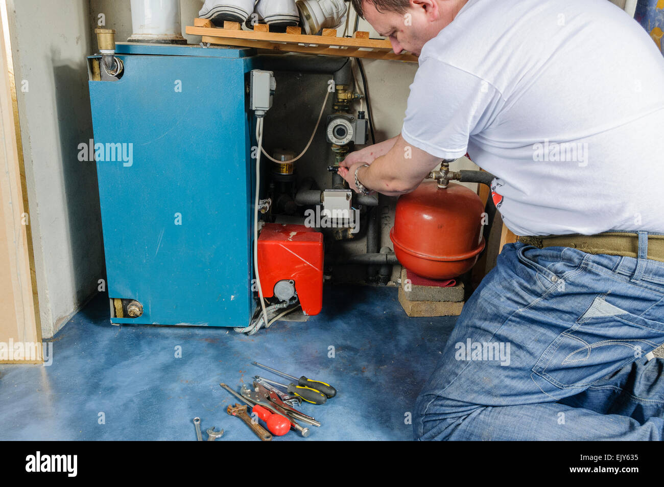 Boiler Repairs Stock Photos & Boiler Repairs Stock Images - Alamy