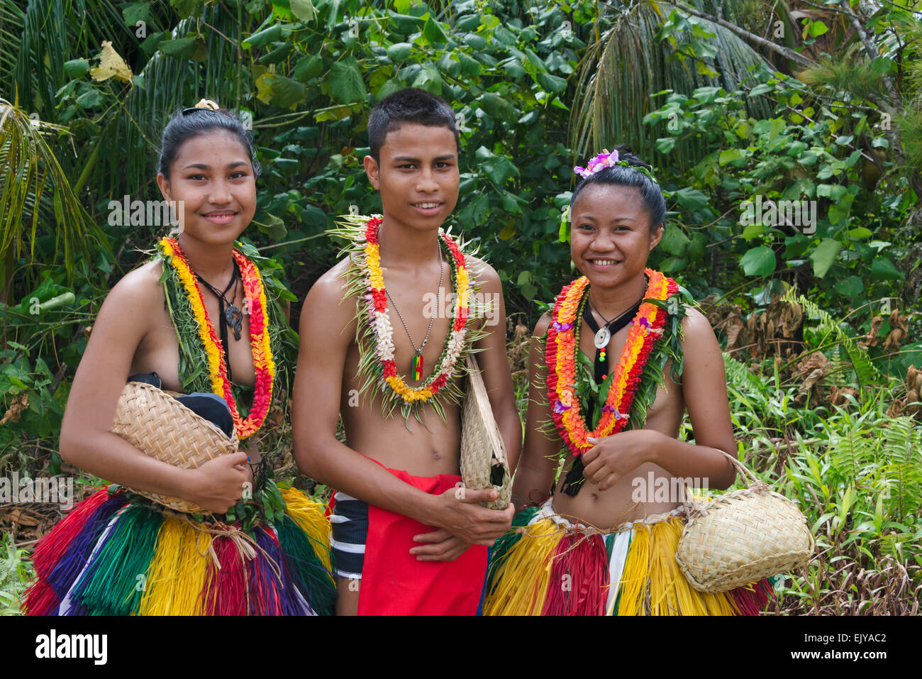 micronesian girls