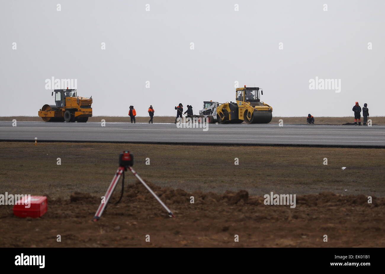 Volgograd, Russia. 2nd Apr, 2015. A new passenger terminal of the Volgograd International Airport under construction - Stock Image