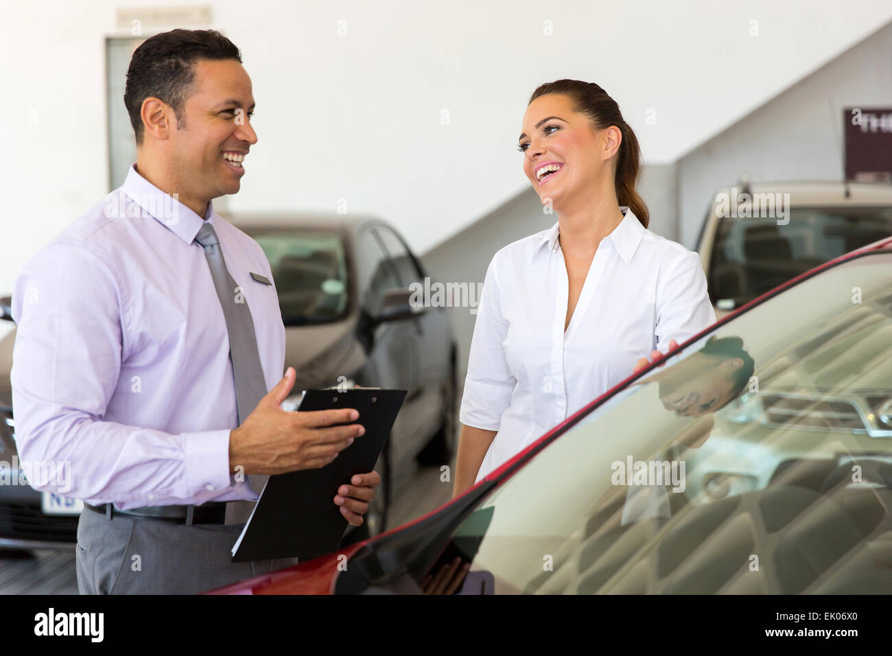 how to sell cars as a salesman