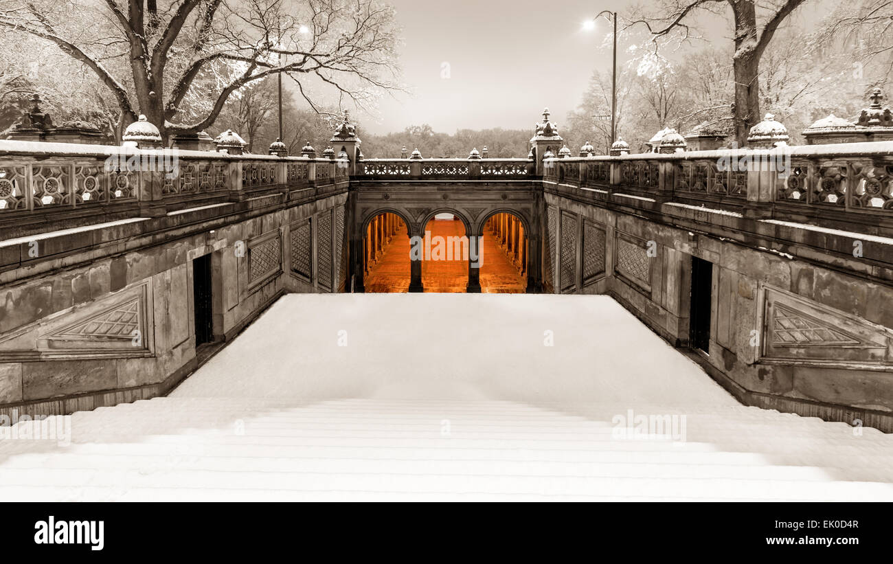 Vintage look of  the pedestrian tunnel under Terrace Drive,  at the end of the Mall, on a snowy morning in Central - Stock Image
