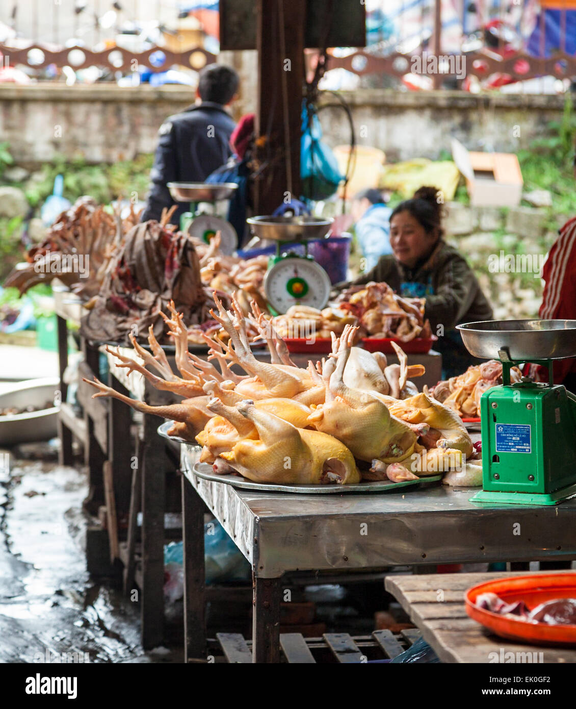 The market in the mountain town of Sa Pa in Northern Vietnam - Stock Image