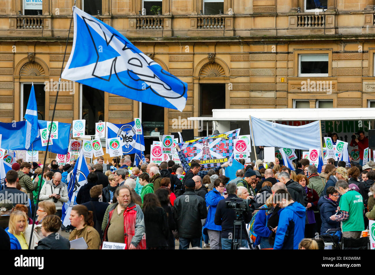 More than 2000 demonstrators took part in an Anti Trident and anti nuclear protest march in Glasgow, starting in - Stock Image