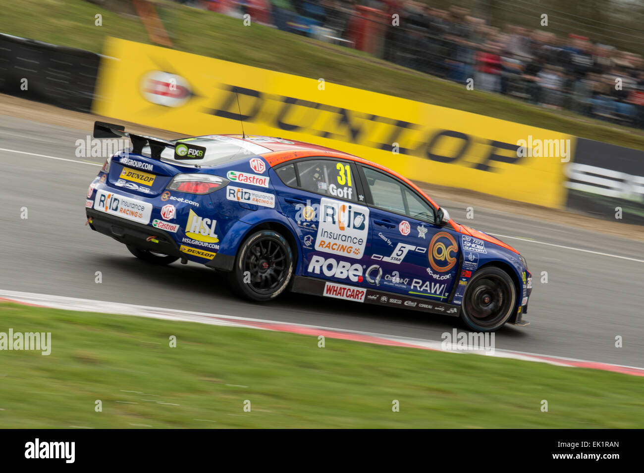 Brands Hatch, Fawkham, Longfield, UK. 5th April, 2015. Jack Goff and MG 888 Racing MG 6GT drives during the Dunlop - Stock Image