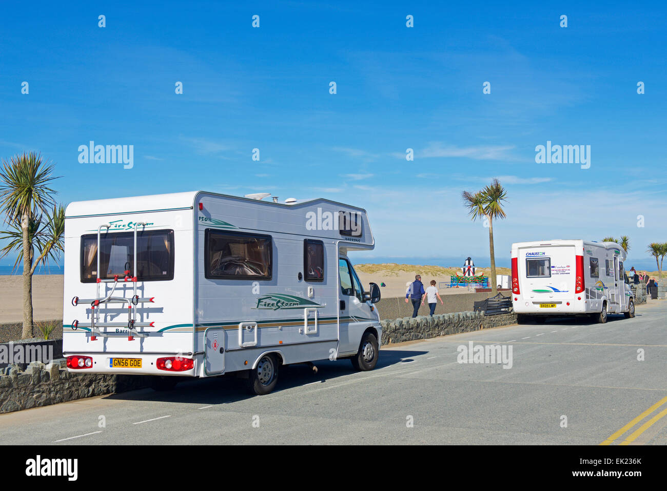 Motorhomes parked on the promenade, Barmouth, Gwynedd, North Wales UK - Stock Image
