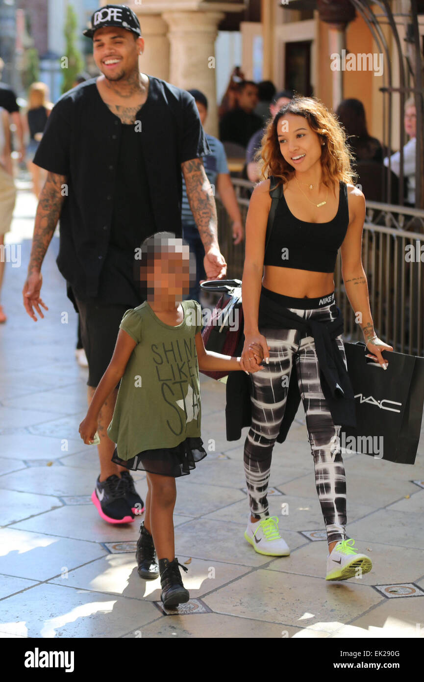 Who is Chris Brown dating - answers.com