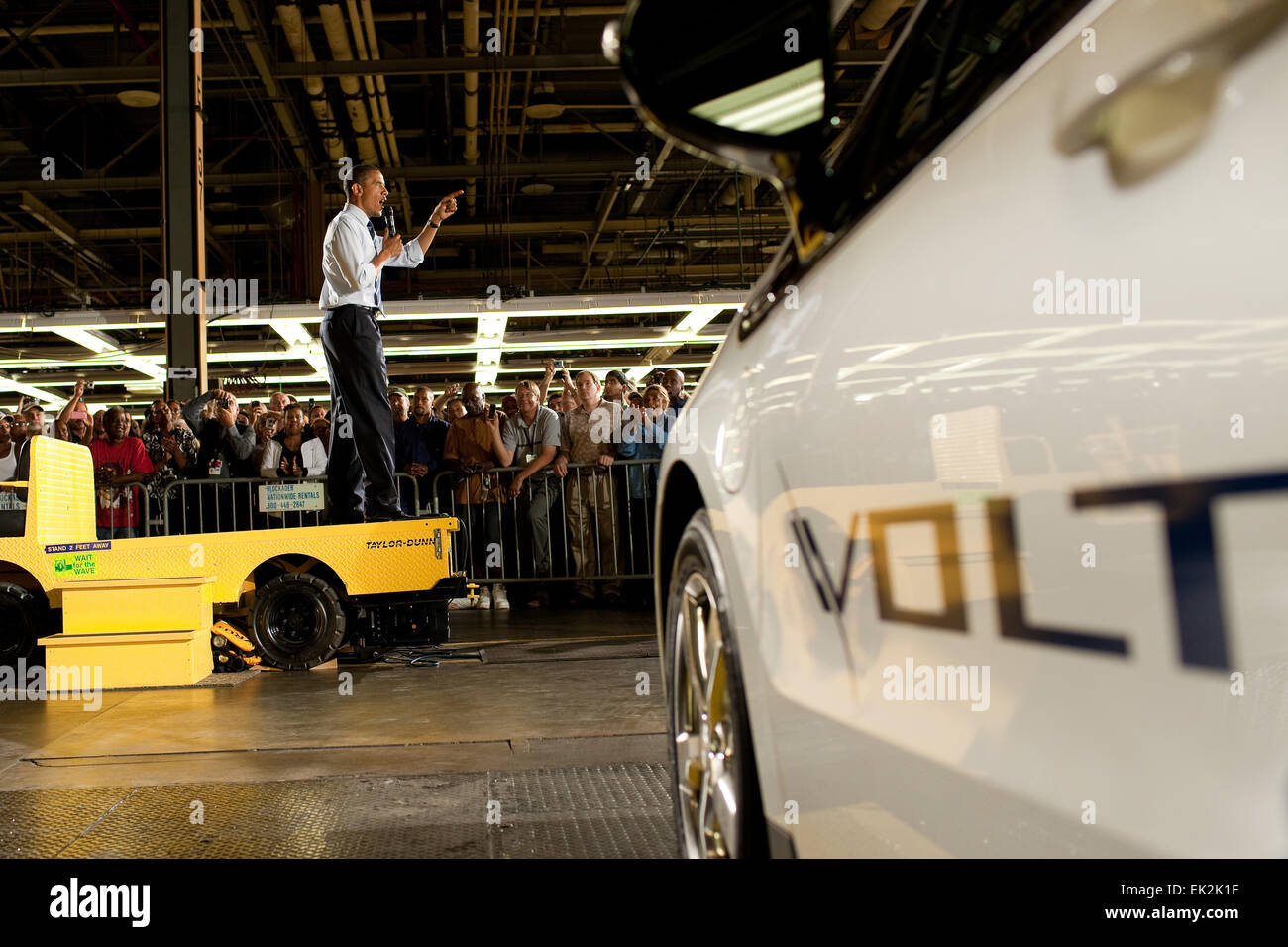 US President Barack Obama delivers remarks at General Motors Auto Plant where the all electric Chevy Volt is assembled - Stock Image