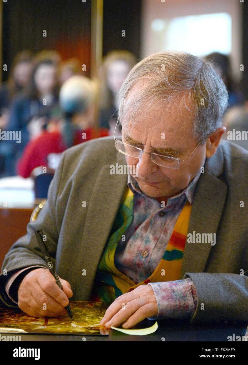 Bonn, Germany. 06th Apr, 2015. Scottish actor Sylvester McCoy, who plays Radagast in Peter Jackson's three-part - Stock Image