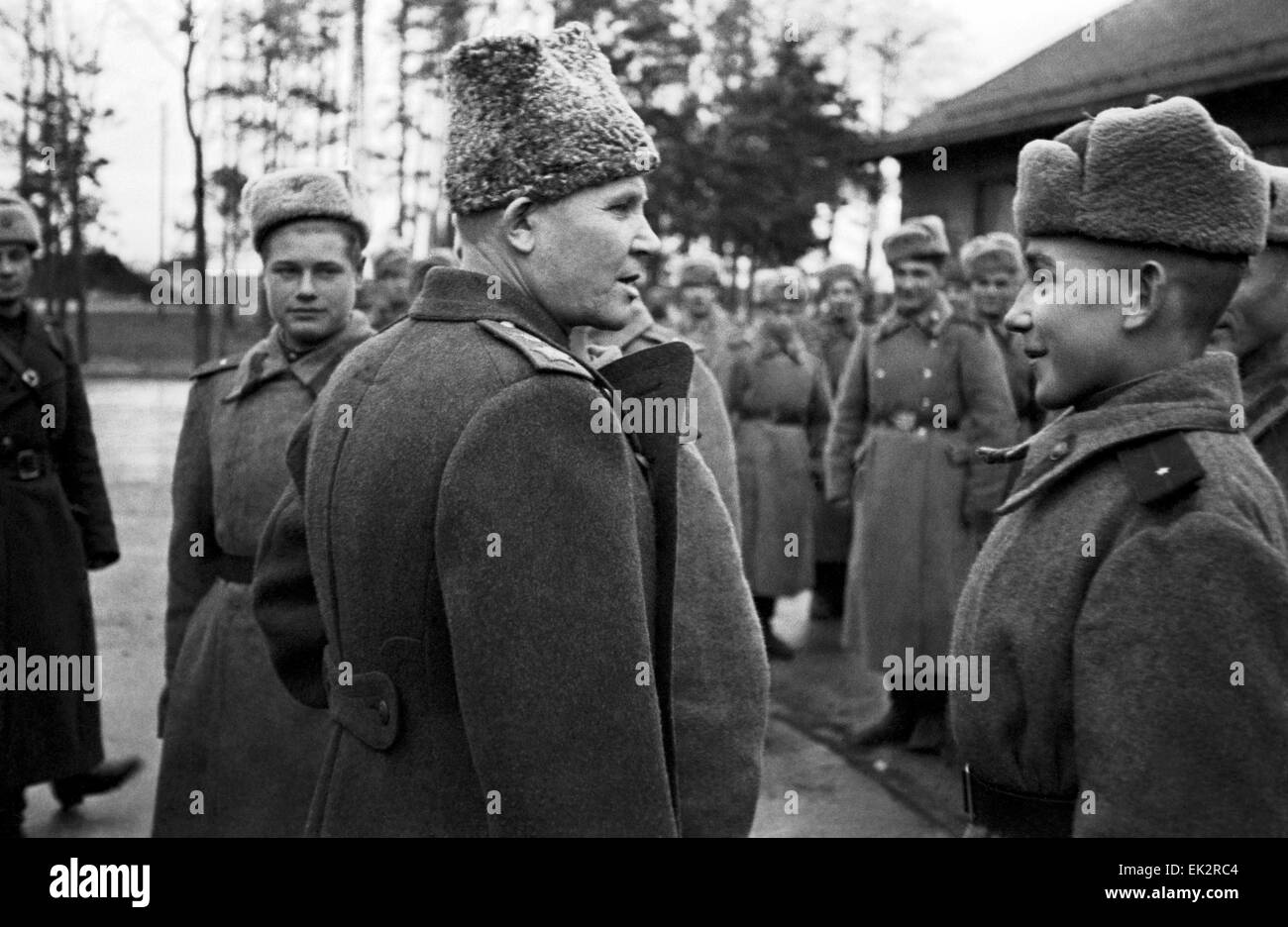 First Ukrainian Front. Commander of the Front and Marshal of the Soviet Union Ivan Konev has a talk with a graduate - Stock Image