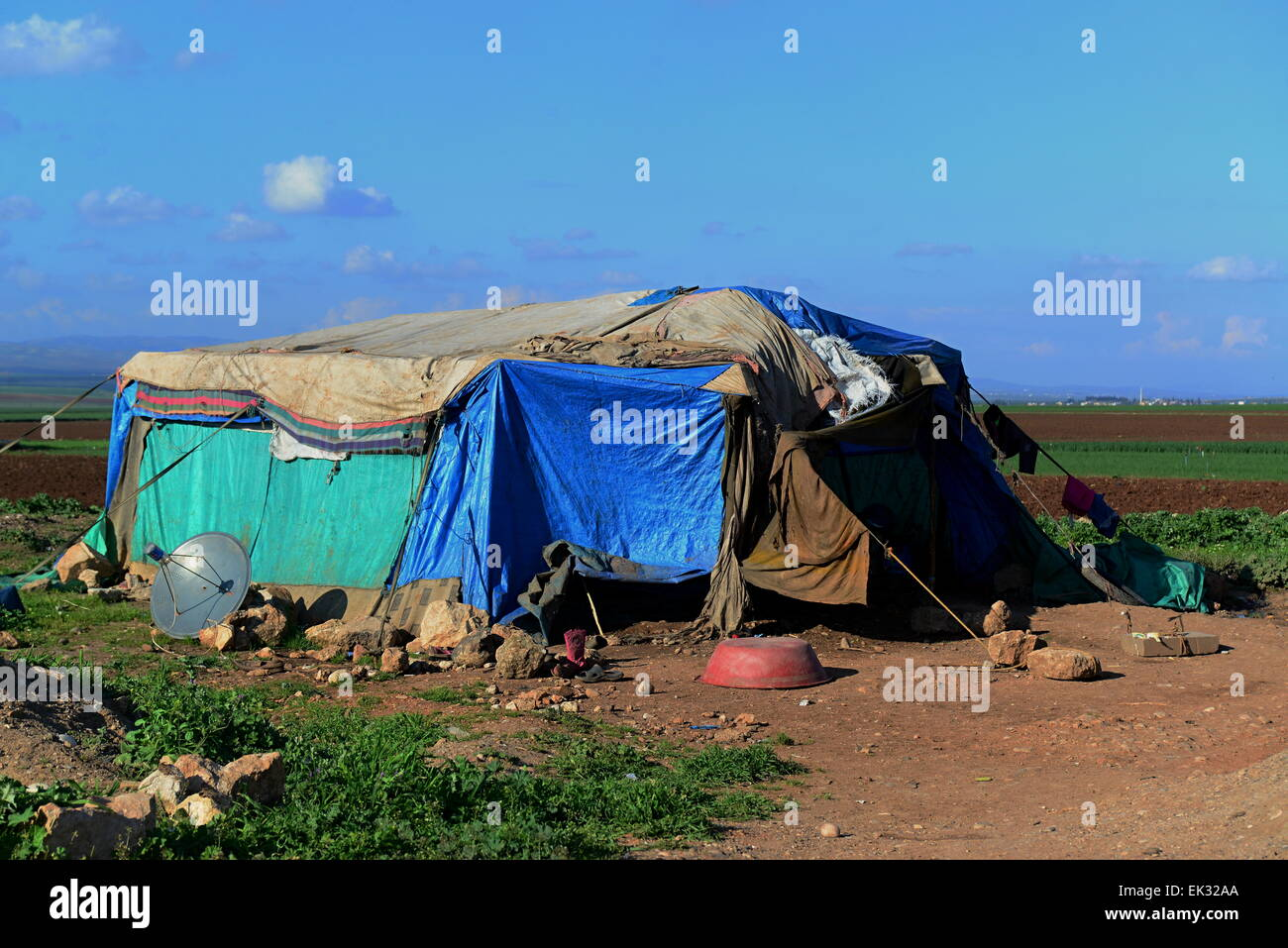 tent of homeless refugees from syria. 1.4.2015 Reyhanli, Turkey - Stock Image