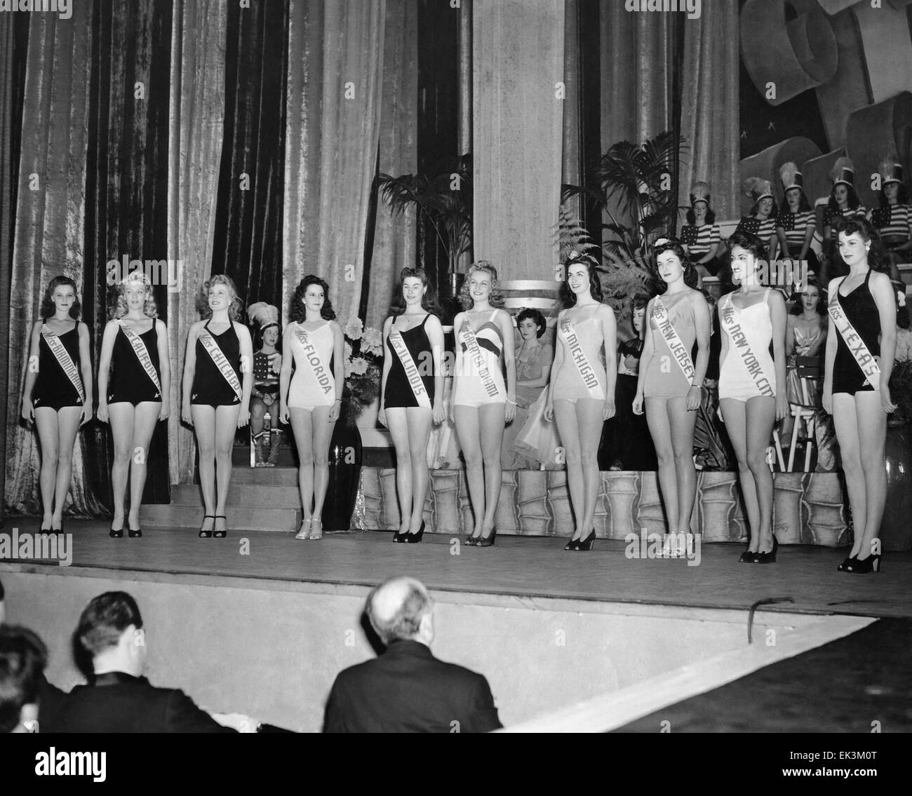 Eventual Winner Jo-Carroll Dennison, right, and Other Miss America Pageant Semi-finalists, September 12, 1942 Stock Photo