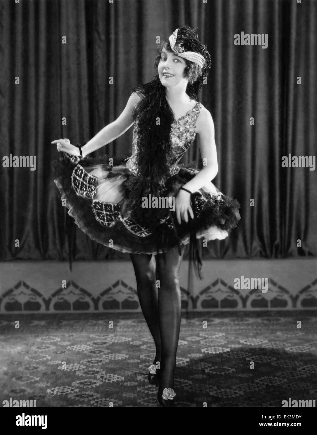 Betty Bronson, on-set of the Silent Film 'Paradise', 1926 - Stock Image