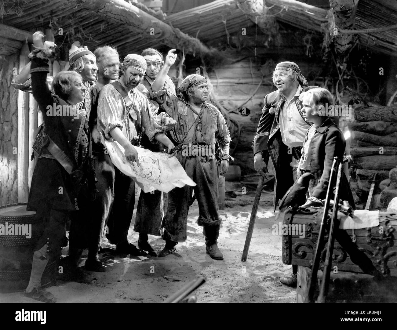 Wallace Beery, Jackie Cooper (right), on-set of the Film 'Treasure Island', 1934 - Stock Image