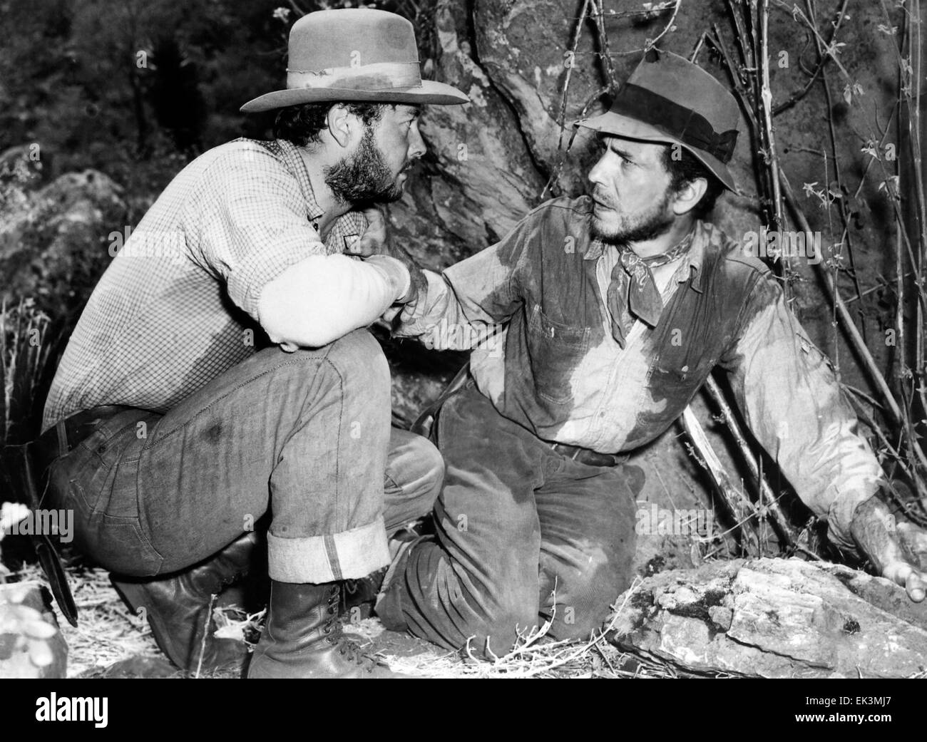 Tim Holt, Humphrey Bogart, on-set of the Film 'The Treasure of the Sierra Madre', 1948 - Stock Image