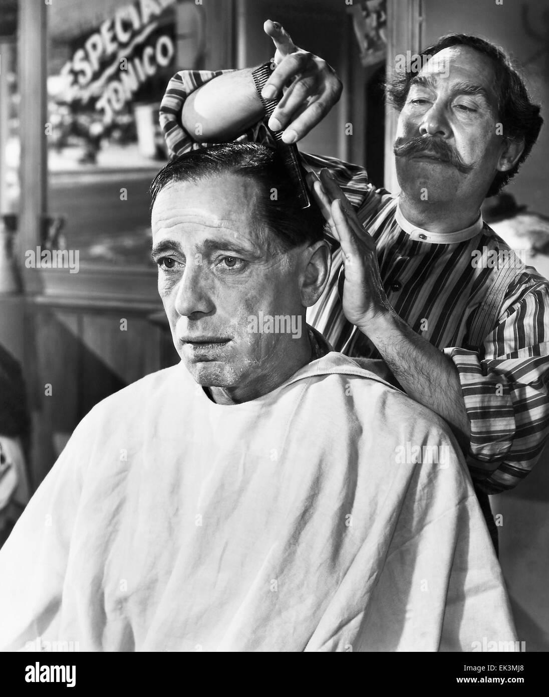 Humphrey Bogart, Julian Rivero, on-set of the Film 'The Treasure of the Sierra Madre', 1948 - Stock Image